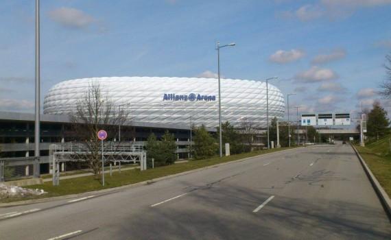 Dachdecker München Clauss Bedachungen Allianz Arena