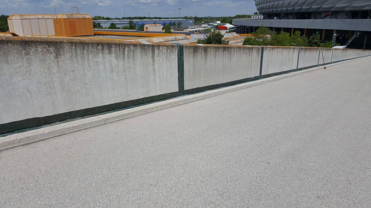 Dachdecker München - Allianz Arena.jpg