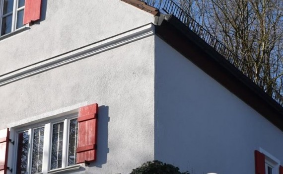 Clauss Beachungen - Dachdecker München - Flagge zeigen
